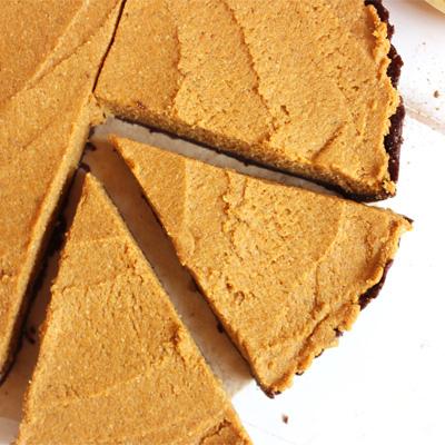 {unbaked} mini pumpkin chocolate pie tarts