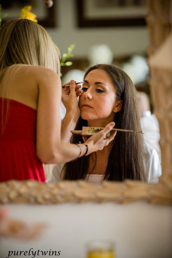brooke-doing-makeup