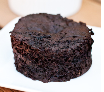 single serving baked thin mint cake (gluten-free, vegan, low sugar)