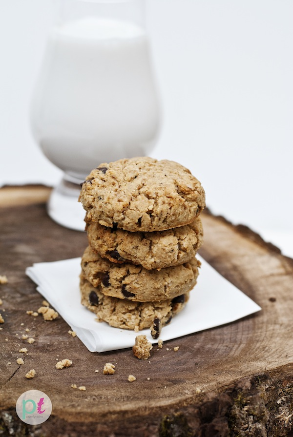 how to make soft thick chocolate chip cookies with coconut flour