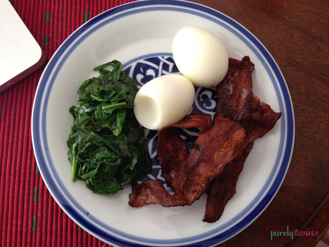 spinach eggs bacon breakfast