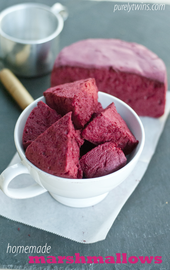 homemade-beet-pink-marshmallows-purelytwins