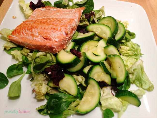 salmon-zucchini-dinner