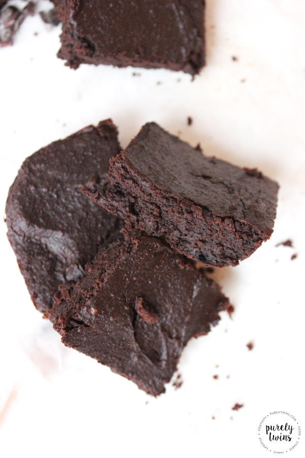 Best Brownies Ever! Grain-fee and Low-Sugar brownies that are egg-free too! These are a crowd pleaser! Looking for a simple brownie recipe made with REAL ingredients? Make these delicious paleo and gluten-free brownies that are decadent and irresistible!