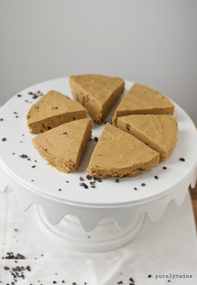 easy vegan pumpkin pie fudge with perfect fit protein