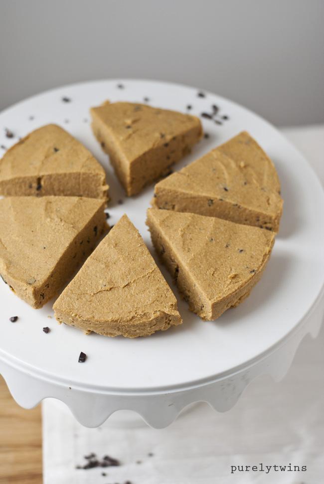 Pumpkin pie protein chocolate chip fudge