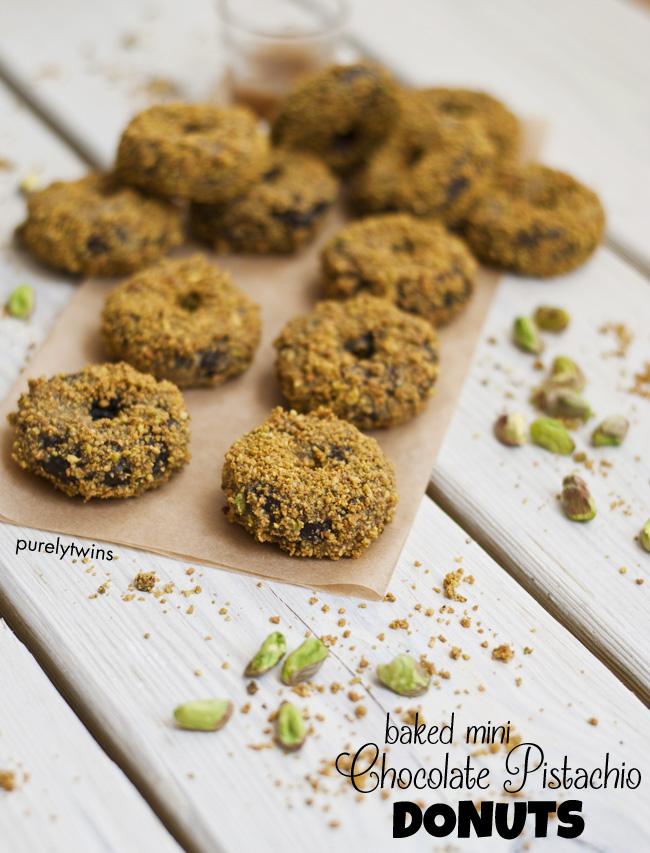grain-free paleo pistachio chocolate donuts || purelytwins