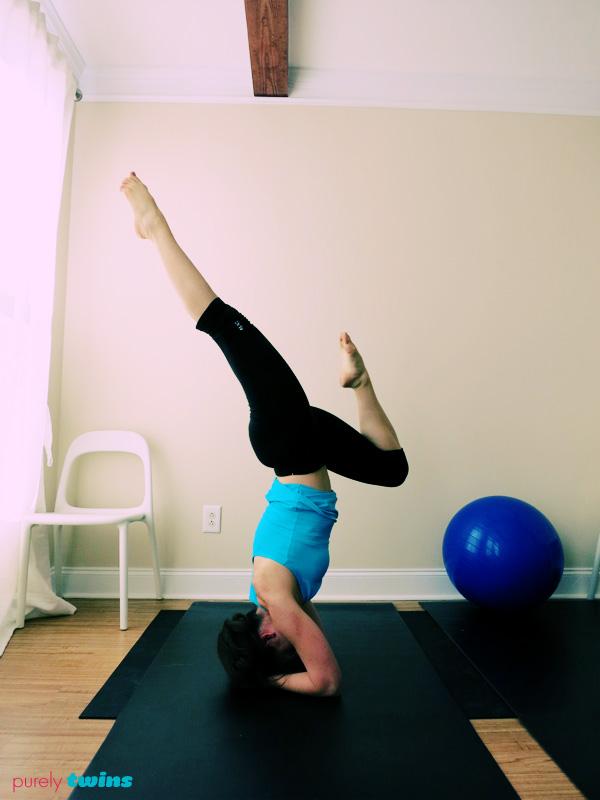 lori forearm yoga stand
