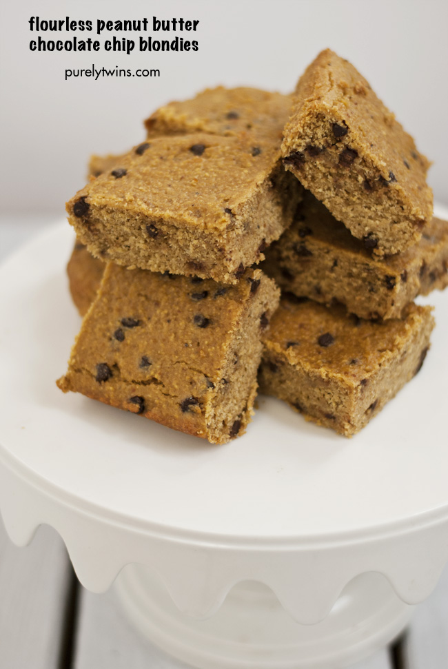 flourless chocolate chip peanut butter blondie bars purelytwins grainfree glutenfree