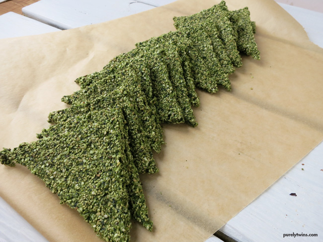 grain free gluten free kale hemp seed no flour flatbread purelytwins
