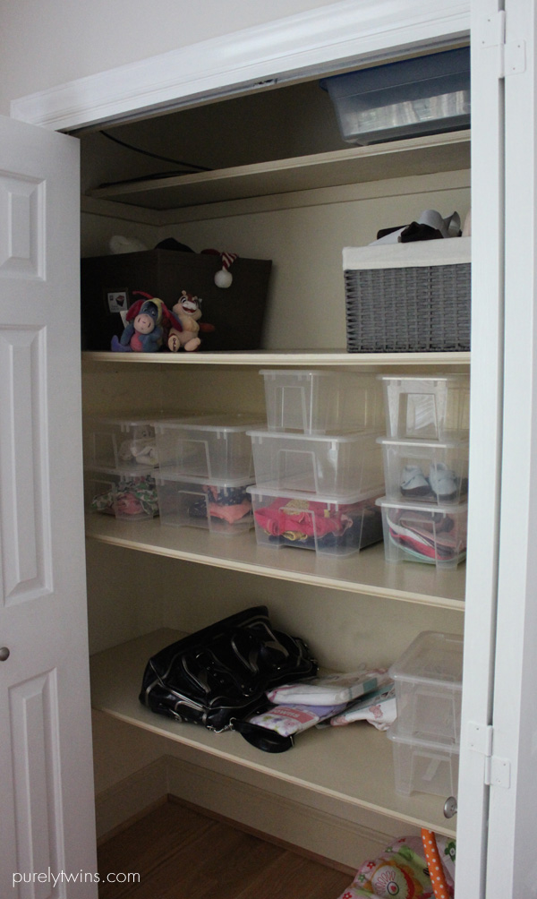 baby closet way to organize