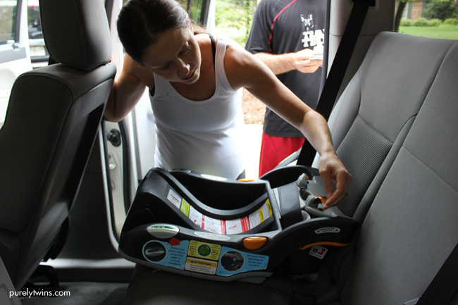 installing-infant-car-seat-purelytwins