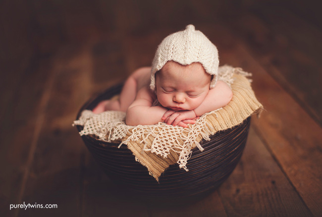 cute-newborn-photography-charlotte-nc-two-little-monkeys-photography
