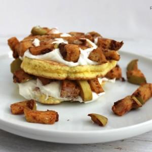 gluten-free-grain-free-no-added-sugar-recipe-for-apple-pie-pancakes