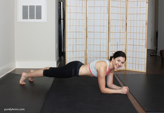 plank-ab-workout-purelytwins