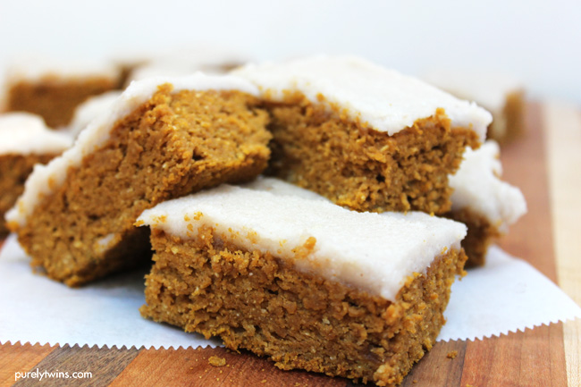 the-BEST-homemade-protein-pumpkin-bars-with-butter-frosting-purelytwins