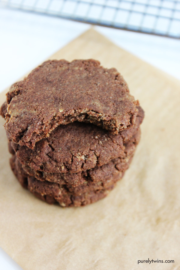 the-best-chocolate-cookies-gluten-fre-grain-free-egg-free-low-sugar-recipe
