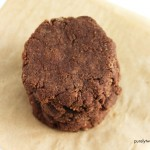 Easy paleo 4 ingredient nutella cookies. Egg-free.