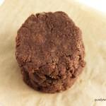 Easy paleo 4 ingredient nutella cookies. Egg-free.