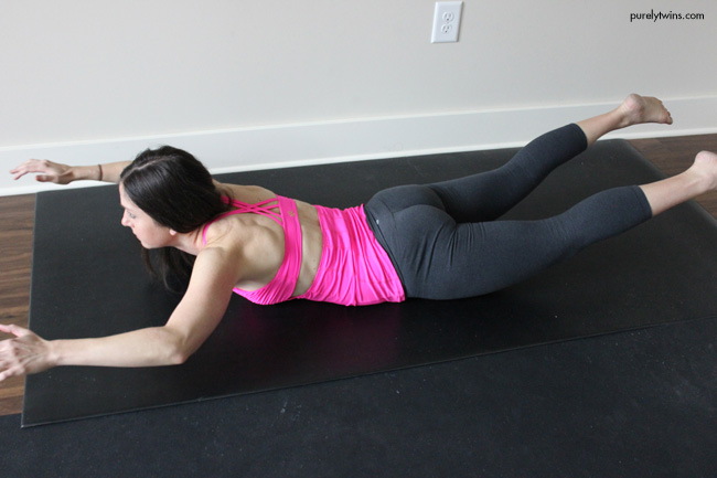 12-minute-home-workout-for-busy-moms-women-get-in-shape-under-30-minutes-workout