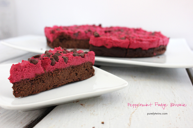 peppermint-FUDGE-brownie-that-is-gluten-free-grain-free-egg-free-quick-and-healthy-dessert-for-Christmas-purelytwins