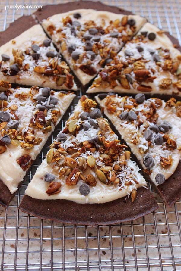 cashew-cream-chocolate-chips-granola-chocolate-breakfast-pizza-purelytwins