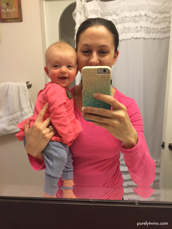 mom-daughter-mirror-selfie-baby-smiles