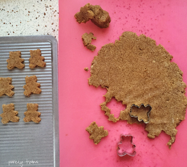 making-homemade-teddy-grahams