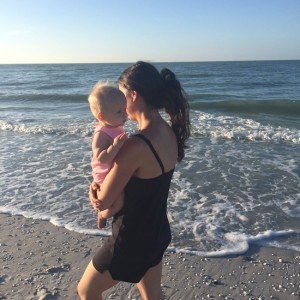 beach-walk-mom-and-daughter