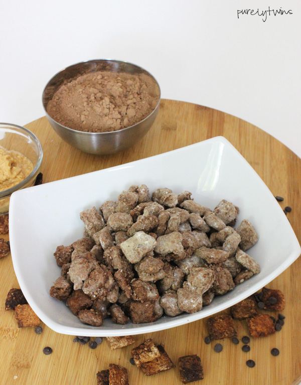 Homemade gluten-free puppy chow using cinnamon toast crunch cereal #vegan #paleo |purelytwins.com