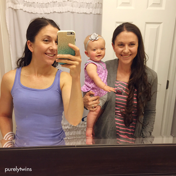 twins-and-madison-bathroom-selfie-purelytwins