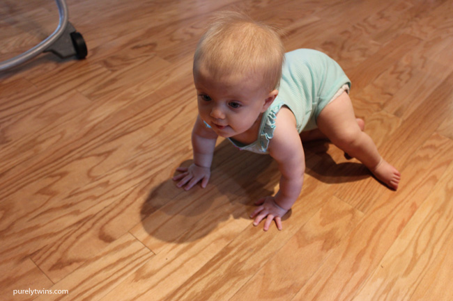 10 month old baby crawling everywhere. Life will never be the same. Sharing what life is like now with my baby as a new mom. \\ purelytwins.com