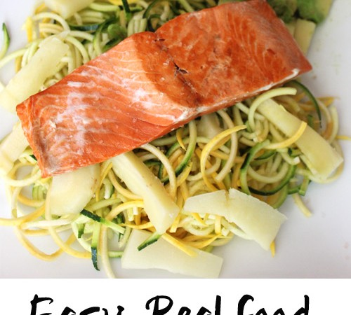 Easy real food dinner that is made in under 15 minutes! Salmon veggie pasta with parsnip fries and avocado. #glutenfree #paleo #sizzlefish   purelytwins.com
