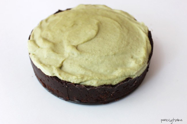 no-bake-dairy-free-paleo-grasshopper-cheesecake-pie