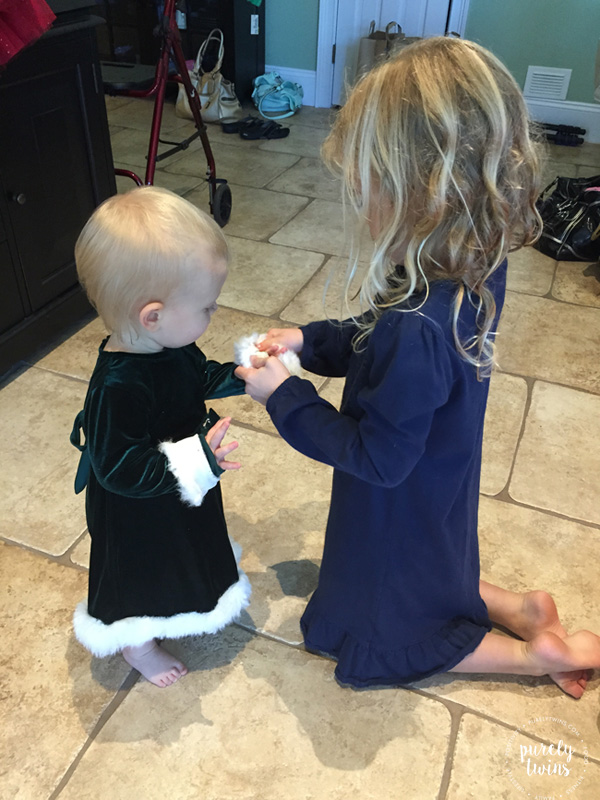 cousins-helping-each-other