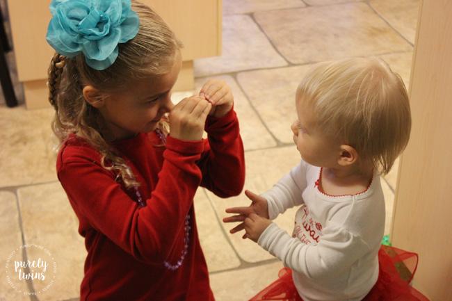 cousins-talking