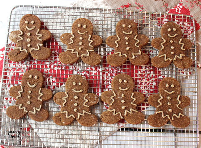 Gingerbread man cookies with sugar-free protein frosting