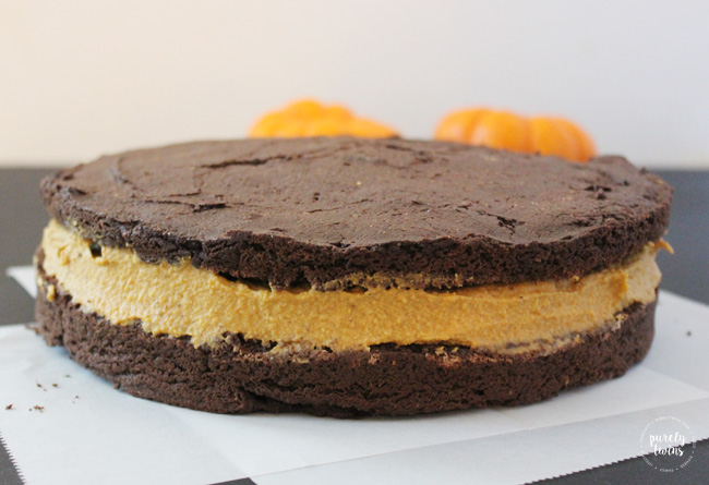 pumpkin fudge oreo cake