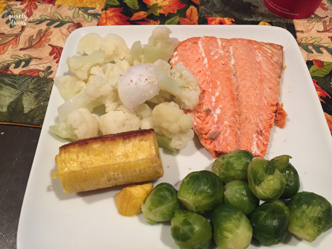 real-food-dinner-salmon-veggies-plantain-coconutoil