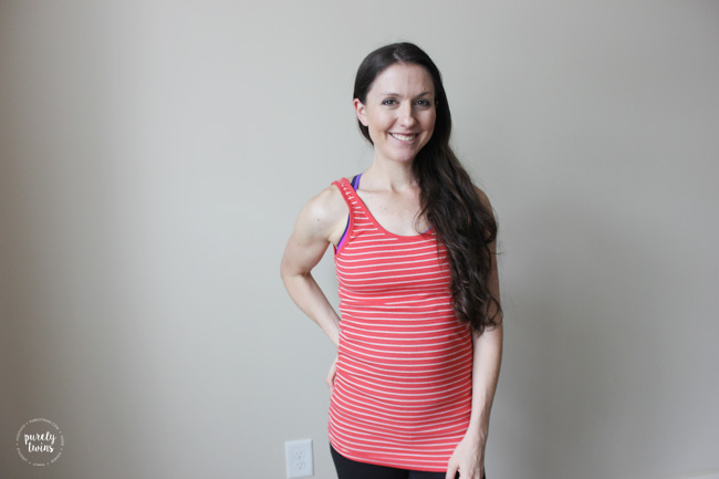 20 weeks pregnant and sharing how I am working out differently with baby #2 to help prevent having a bad ab separation (diastasis recti) this time around. Sharing workout tips to do while pregnant to prevent diastasis postpartum. Learn the Do's and Dont's to pregnancy workouts to prevent your core.