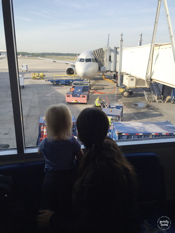 mom-and-daughter-airport