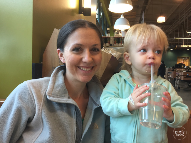 mom-having-breakfast-at-wholefoods-market-with-18-month-old-daughter