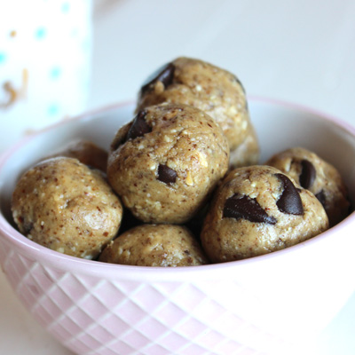 High fat protein energy almond butter chocolate chip bites (Oat-free)