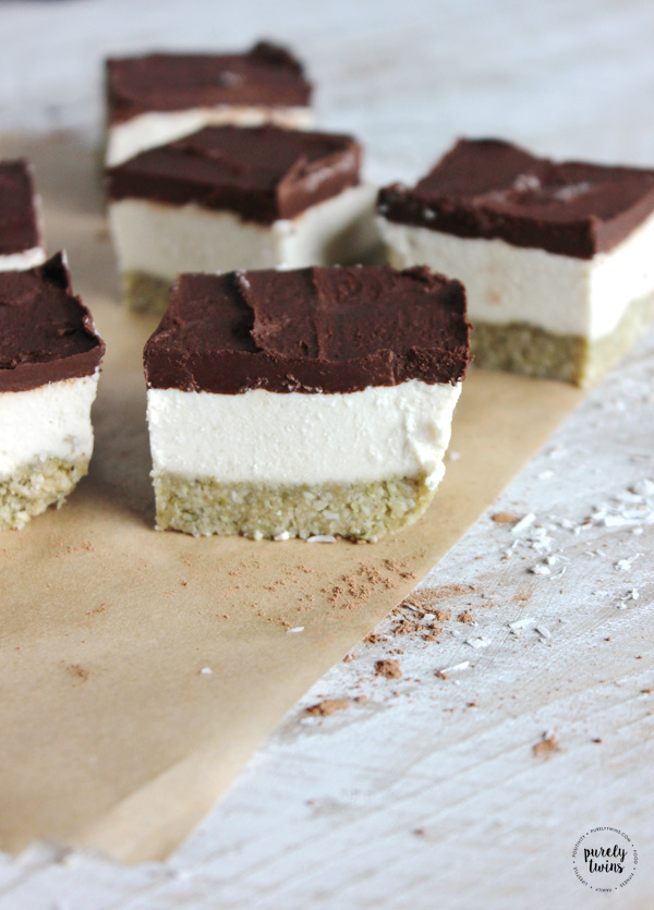 Raw coconut cream chocolate bliss bars nut free for Quick easy healthy dessert recipes