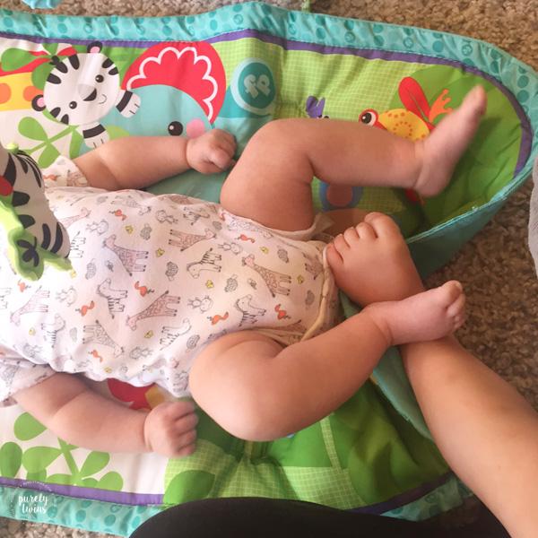 sisters-feet